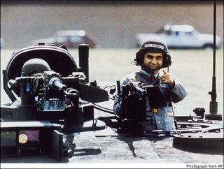 Dukakis-in-tank