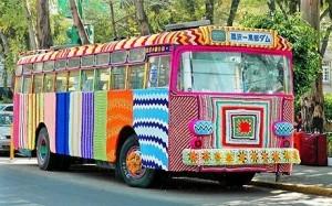 Yarnbomb-bus