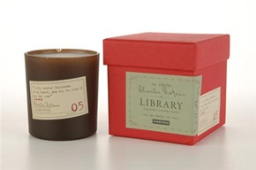 Dickens_candle
