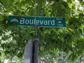 boulevard way street sign